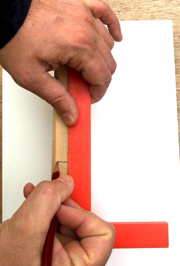Position auf erstem Werkstück anzeichnen